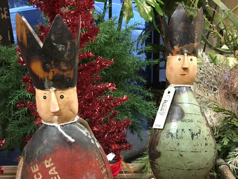 Wooden Christmas dolls