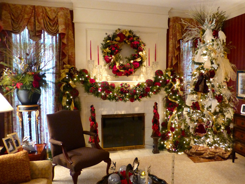 In home decorating wisteria flowers and gifts Holiday decorated homes