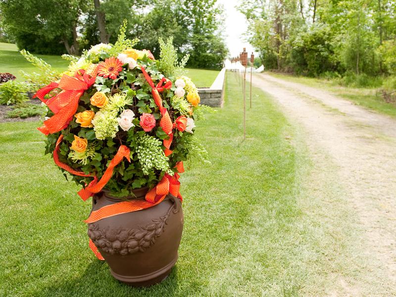 Outdoor flowers modern style summer wedding