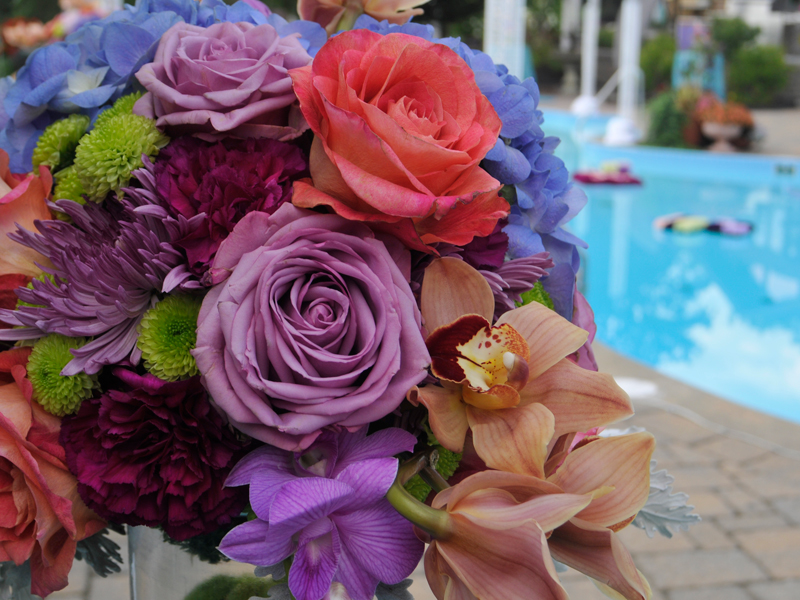 Flower arrangement for a Romantic style wedding