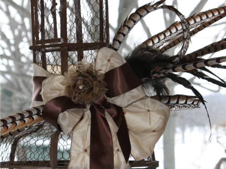 Vintage style wedding decorations