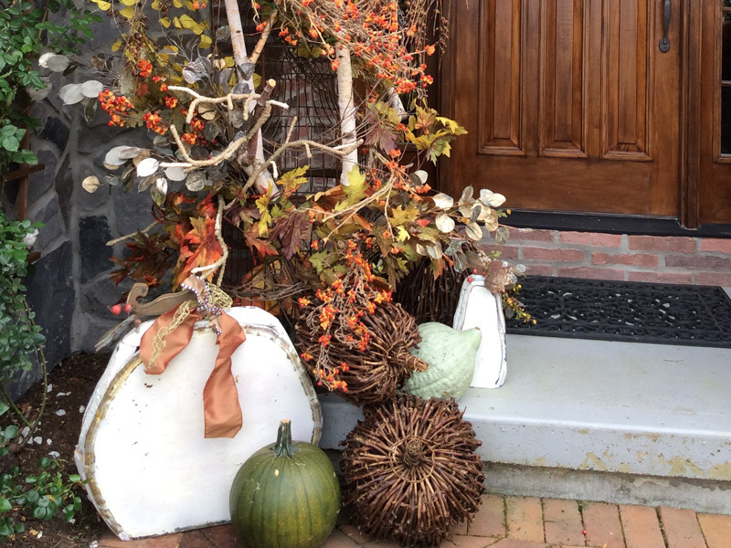 Home decorating fall theme