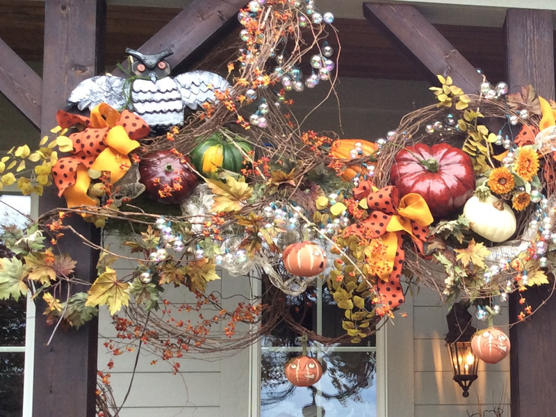 Outdoor home decoration autumn theme