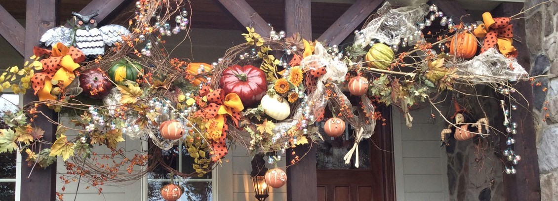 Outdoor decorations with autumn theme
