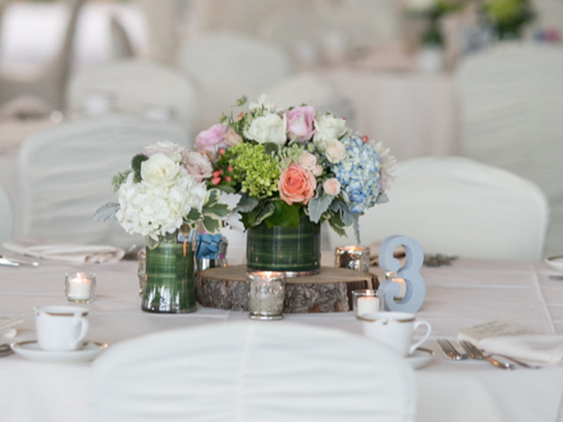 Pretty Pastels Wedding Guest Table
